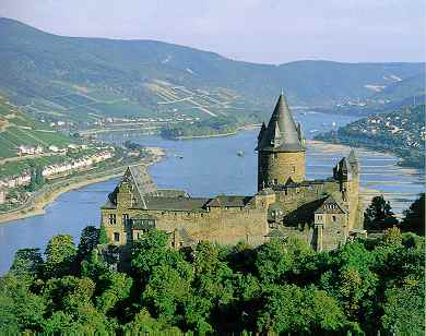 Burg Stahleck, castle on the Rhine River near Bacharach, Rheinland-Pfalz